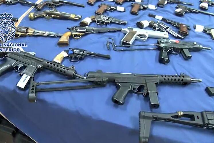 Armes saisies par la police