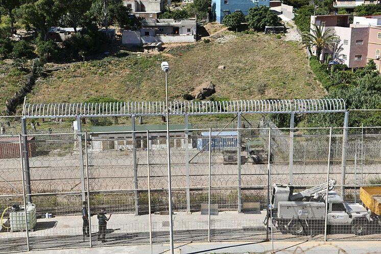 Image de la clôture de Ceuta sans les concertinas en juin dernier