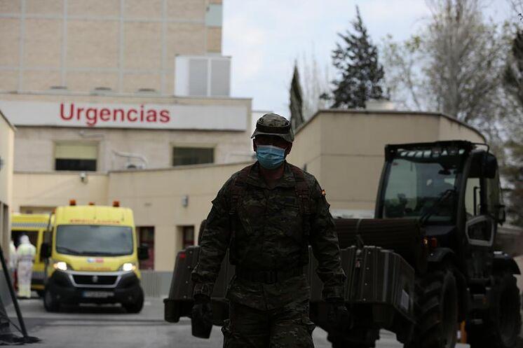Personnel militaire participant à l'opération