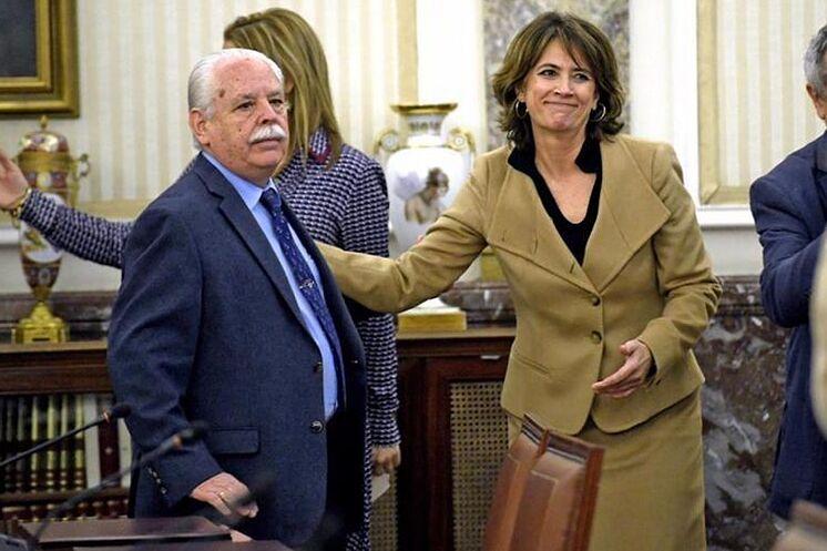 Le procureur général, Dolores Delgado, ainsi que le lieutenant procureur de ...