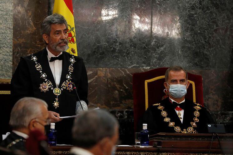 Le président du CGPJ Carlos Lesmes avec le roi à l'ouverture de ...