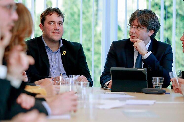 Puigdemont, avec le président du PdeCAT, David Bonveh