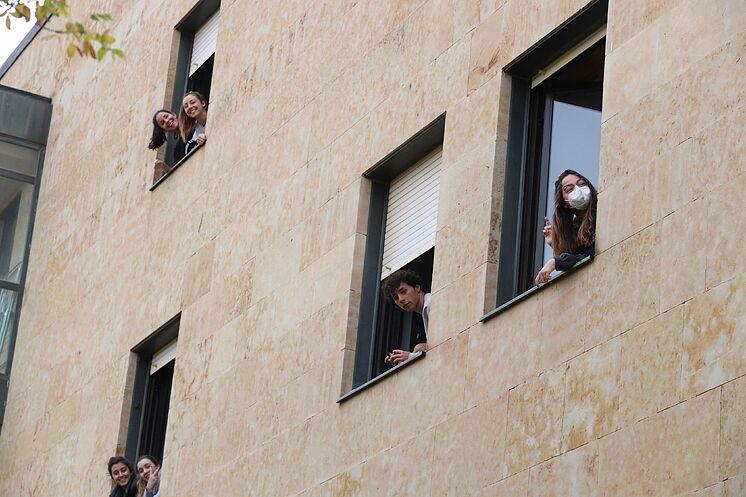 Des étudiants du Colegio Mayor Oviedo, confinés à Salamanque.