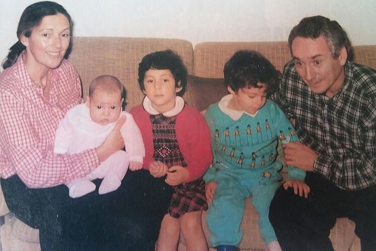 Fernando Cuadrado, avec sa femme et ses trois enfants.